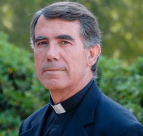 Rettore: Rev. Prof. Vicente Bosch